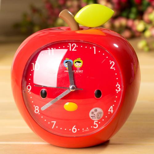 苹果娃娃 创意闹钟图片