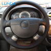 LUNDA Black Обложка рулевого колеса для Chevrolet Lova Aveo Buick Excelle Daewoo Gentra 2013-2015 Chevrolet Lacetti 2006-2012 chevrolet aveo 2012