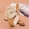 Мода женщин Часы Золотой нержавеющей стали браслет кварцевые наручные часы 240101