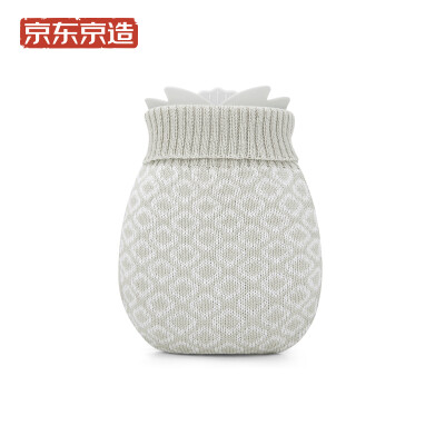 Beijing Tokyo made silicone hot water bottle warm water bag water warm hand cute small clear blue