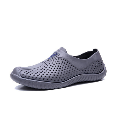 Summer Men Fashion Flats Hollow Out Hole Beach Breathable Sandals Light Casual Beach Shoes Soft Comfortable
