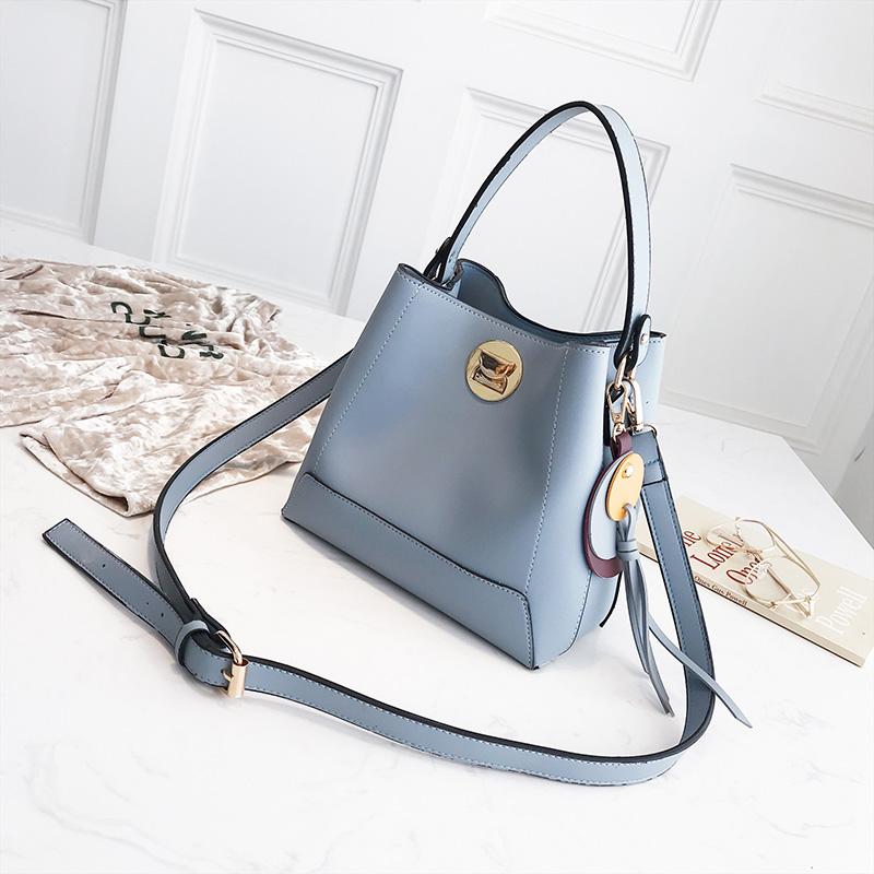 синий 22x20x12cm сумка женская dakine stashable tote sienna sie