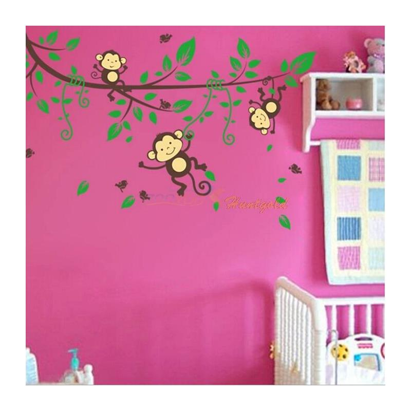 18 Temporary Wallpaper Designs for Kids Rooms