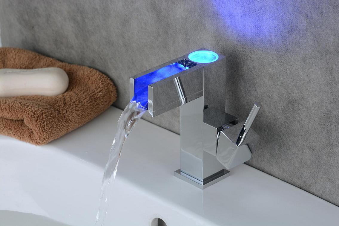 GANGGANG luxury glass waterfall basin faucet led color changing bathroom battery mixer tap chrome finish