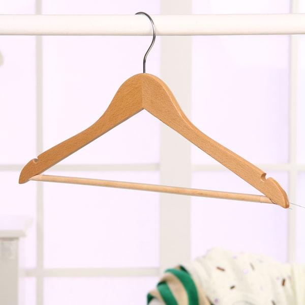 挂一套衣服的衣架 成套衣服如何用衣架挂 服装店裤子挂法图片 成套的