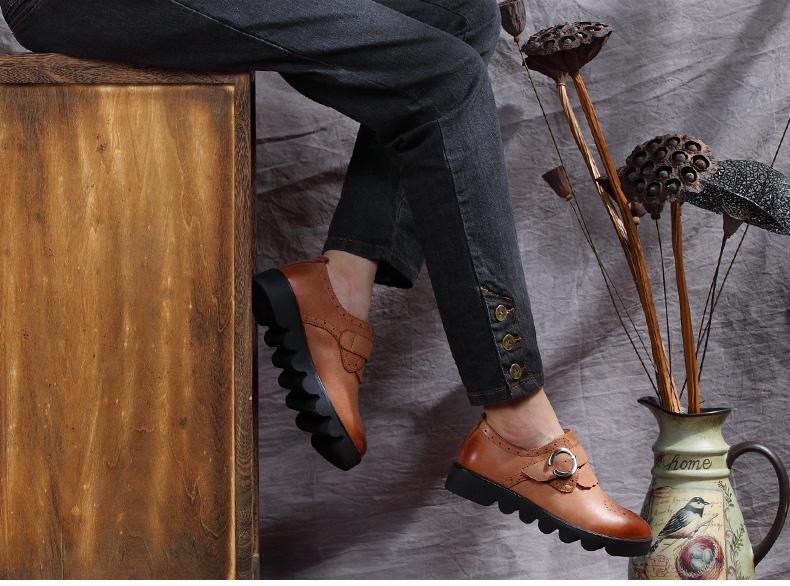 复古雕花真皮鞋