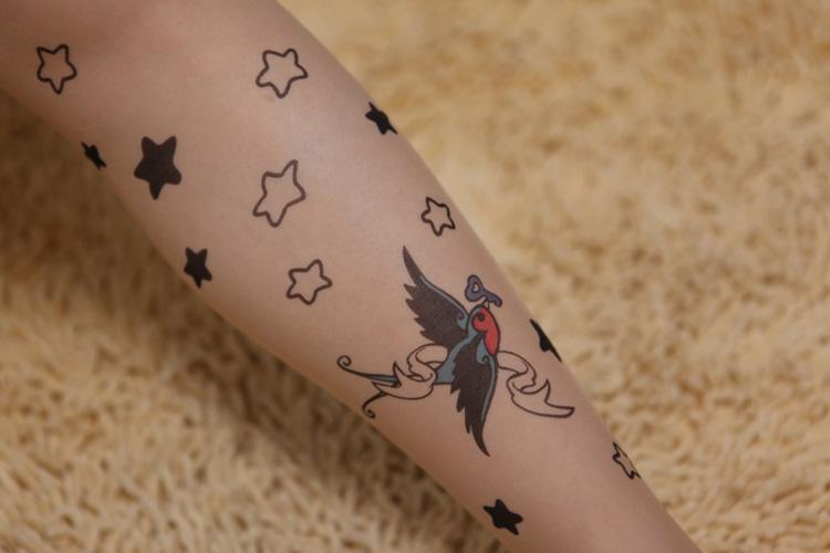 彩色小鸟图案 杂志款肤色纹身丝袜连裤袜超薄15d 艾媄zy60