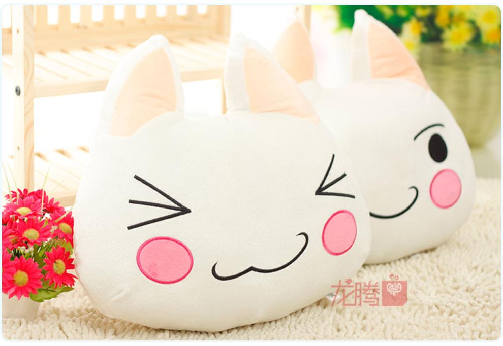 许愿精灵多罗猫靠垫 黑白猫咪情侣抱枕 卡通毛绒玩具
