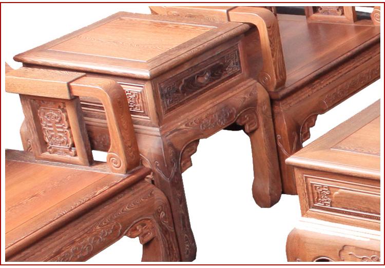沿用中国传统的榫卯结构