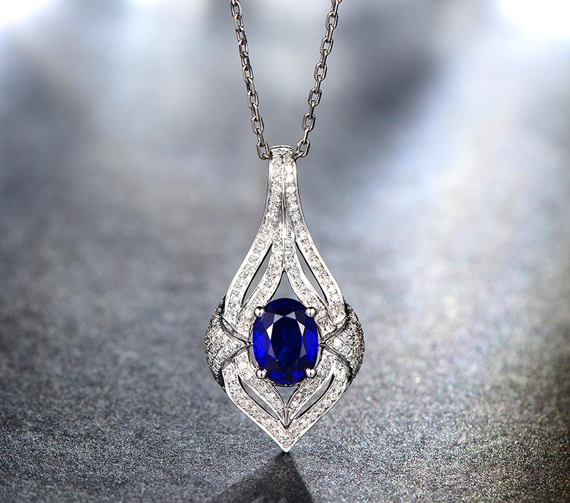 23克拉蓝宝石吊坠 18k金镶嵌彩色宝石项坠