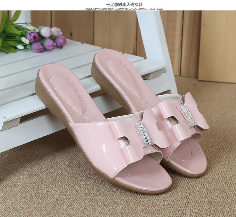 女孩儿童白色凉鞋《《漂亮儿童公主凉鞋《《女孩子