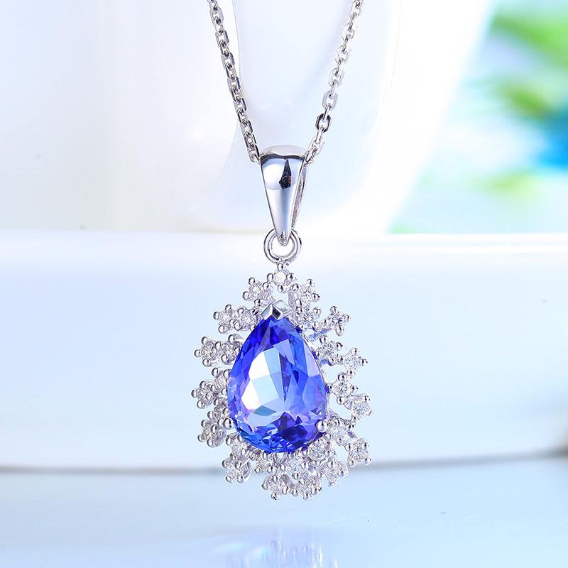 每克拉美 18k金钻石吊坠彩色宝石彩宝坦桑石吊坠项链