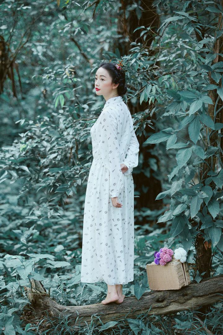 连衣裙手绘森女裙子