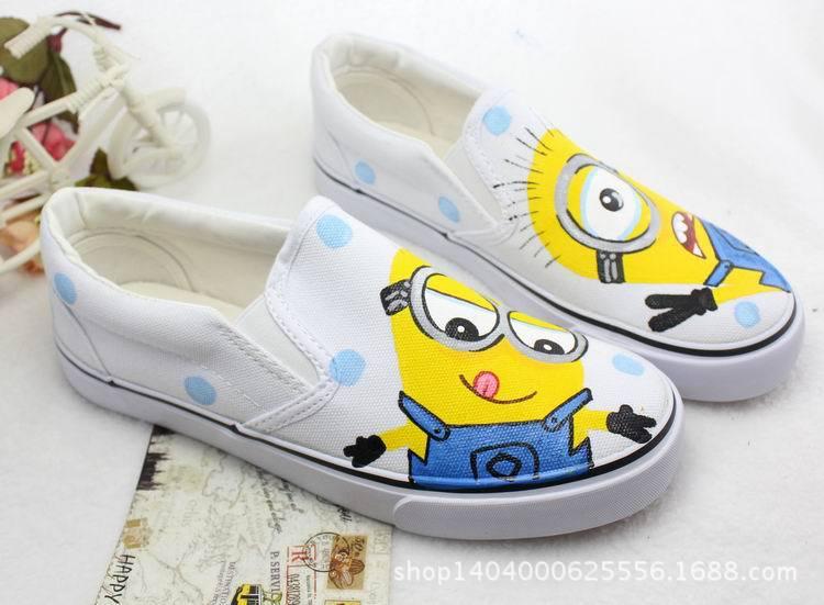 2016年中小儿童手绘鞋小黄人帆布鞋一脚磴儿童鞋手绘子鞋 白色 24