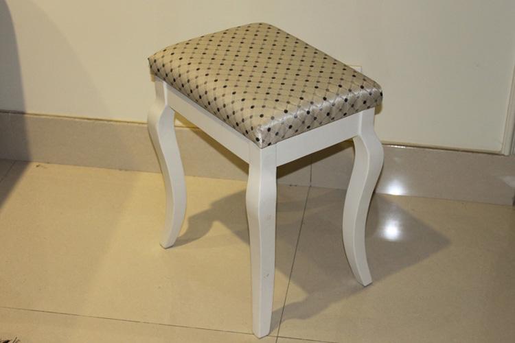 手绘桌椅板凳线条