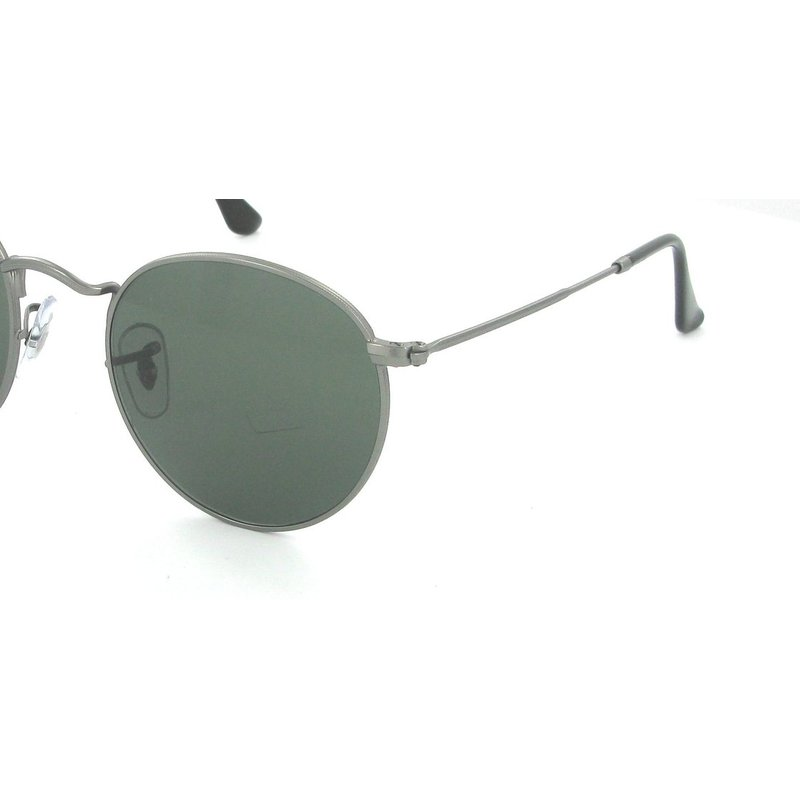 are ray bans polarized  non-polarized