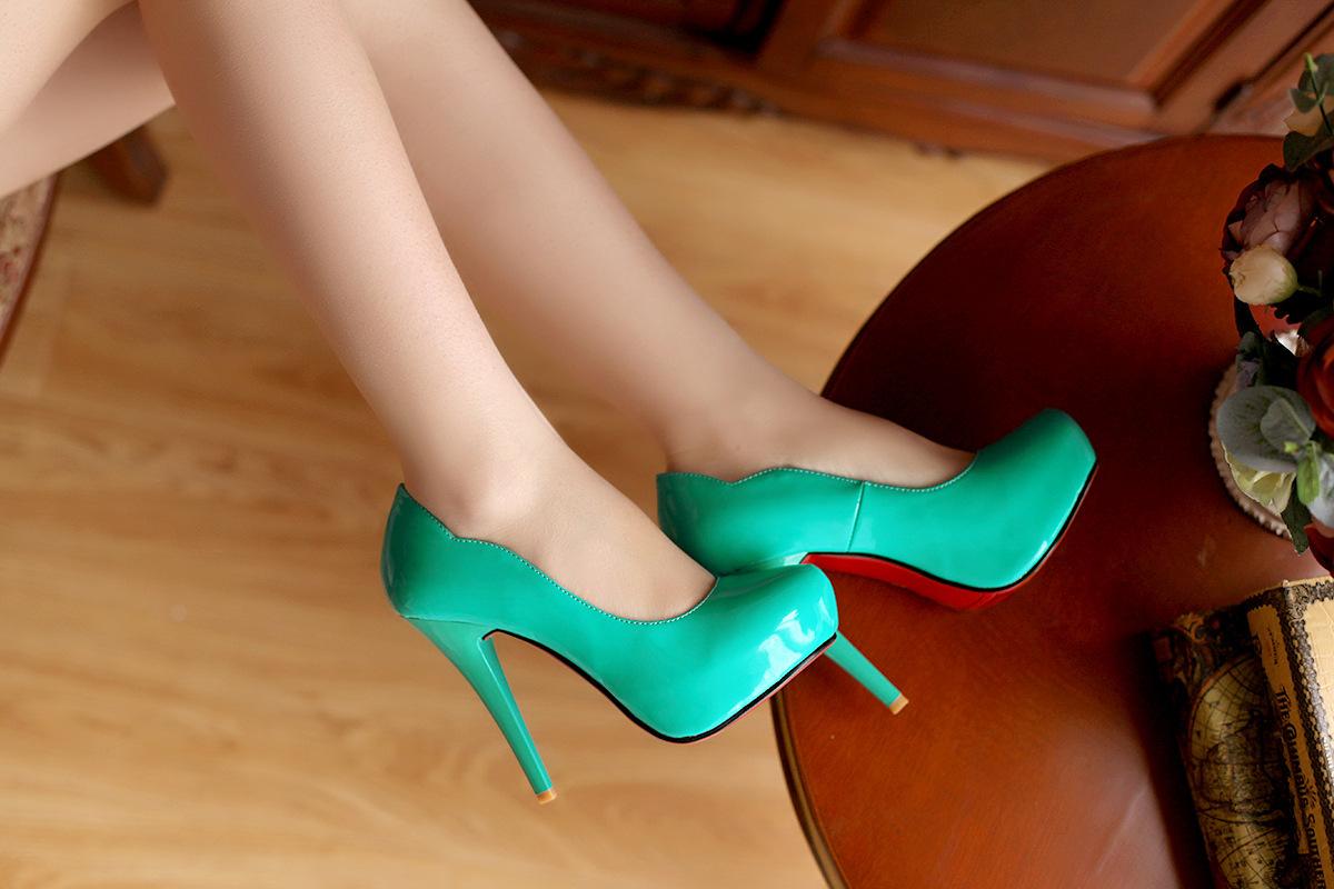 气质高跟鞋