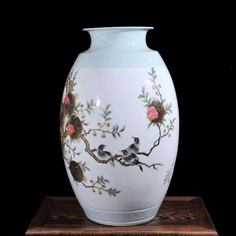 爵仕臻品景德镇陶瓷花瓶 大师手绘陈浩永粉彩花鸟花瓶