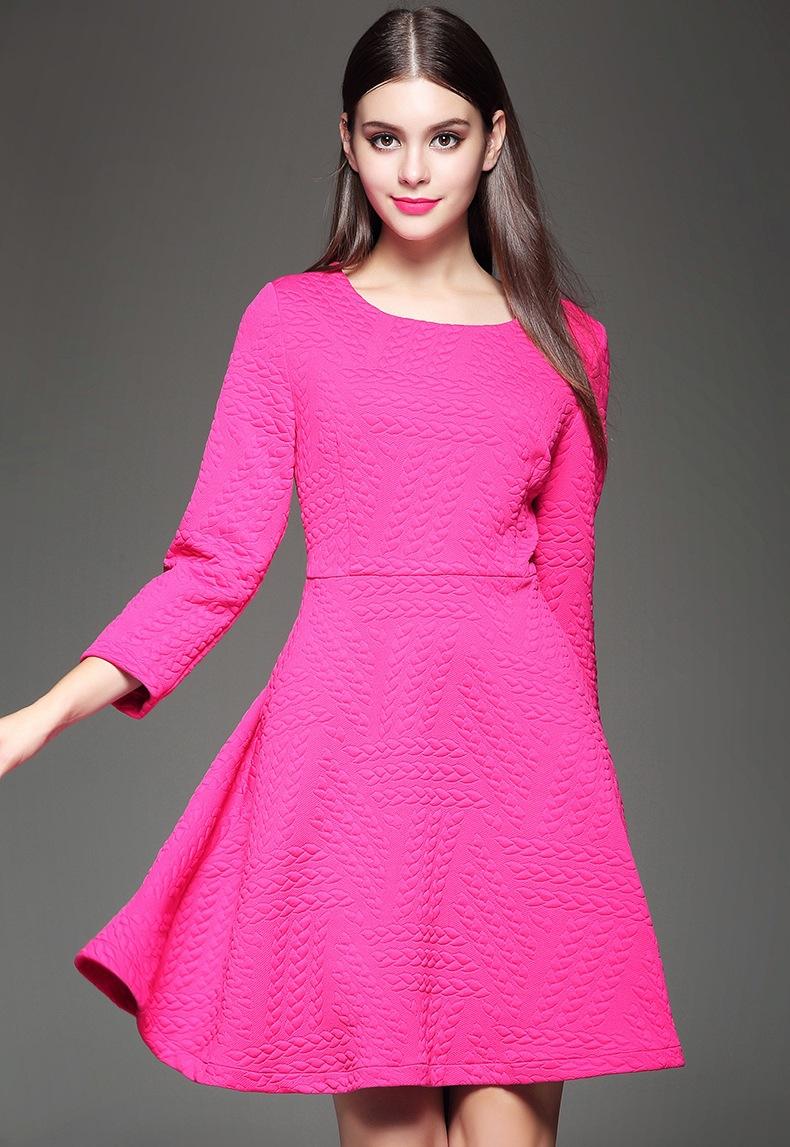 亮色时尚连衣裙