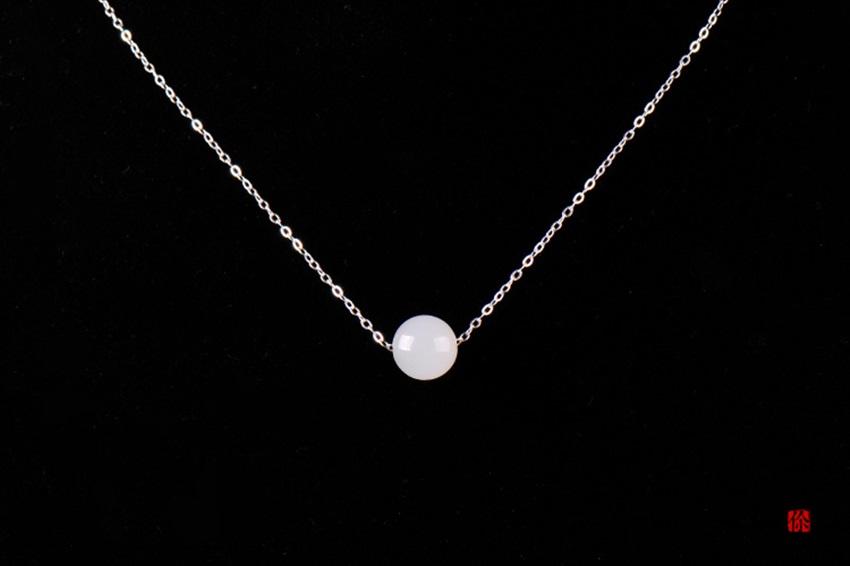 由你所在和田玉羊脂玉项链 圆珠银饰吊坠原创手工制作