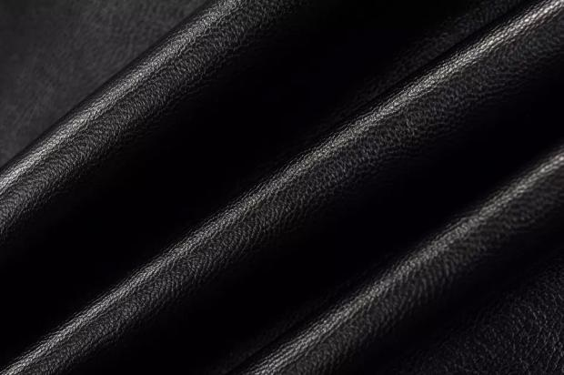黑色帽衫矢量图