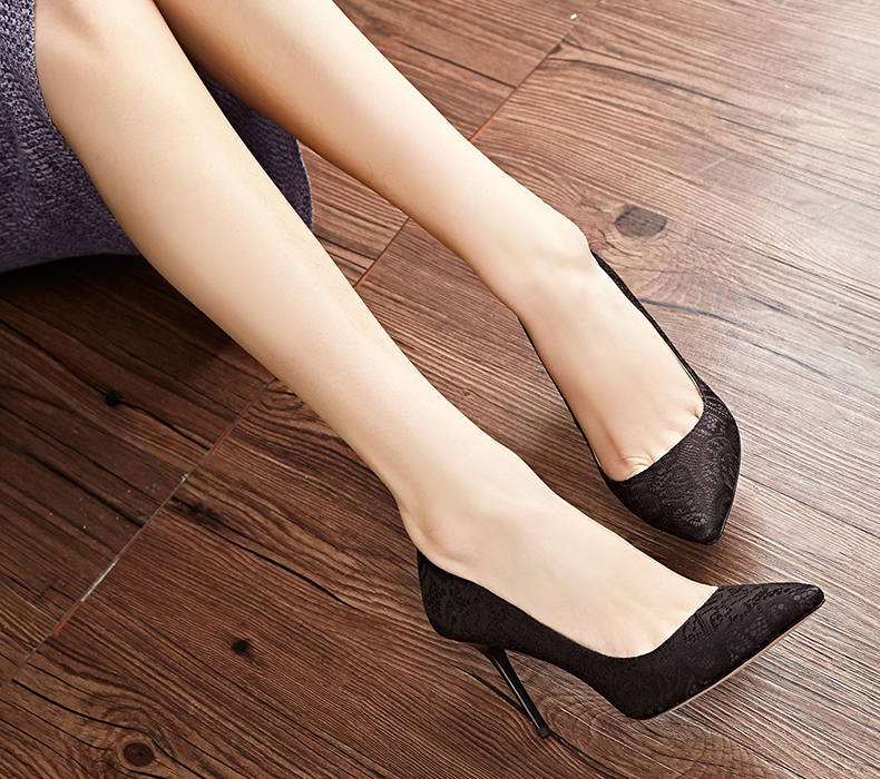 春季韩版浅口尖头单鞋细跟高跟鞋蕾丝婚鞋时尚女鞋子