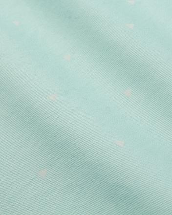 棉涤莱卡混纺面料,质感柔软,抗皱挺括,弹性舒适