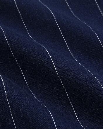 7.05盎司弹力棉涤混纺面料,质感柔软舒适,吸湿透气
