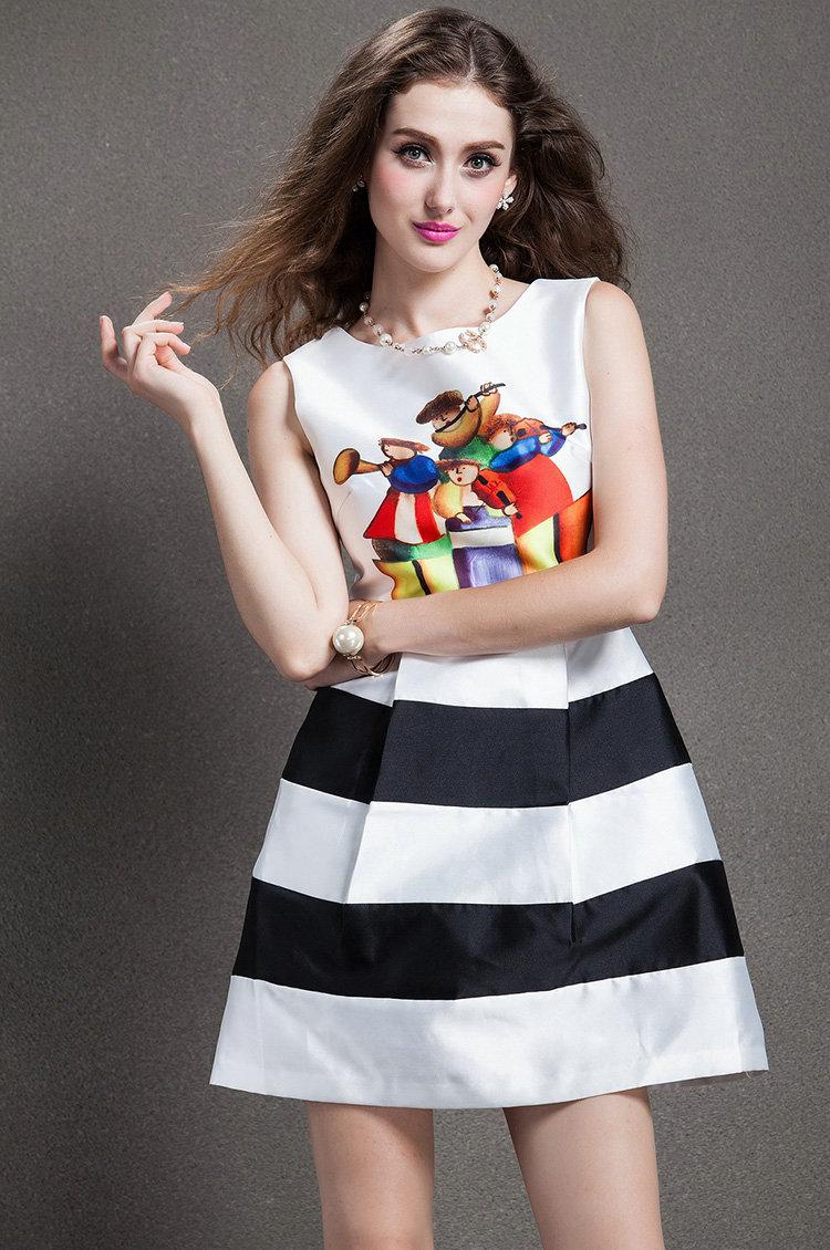 麦克斯韦_2014新款欧美女装_欧洲站连衣裙时尚糖果色刺绣头像廓型大码