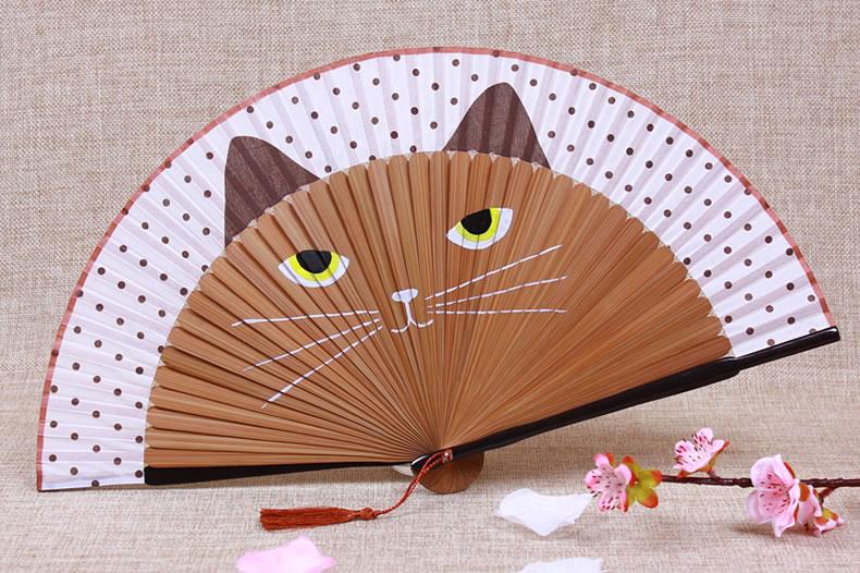 腾彩扇子古风折扇真丝绸手绘烤漆竹柄创意卡通猫咪日式女扇l2 棕色