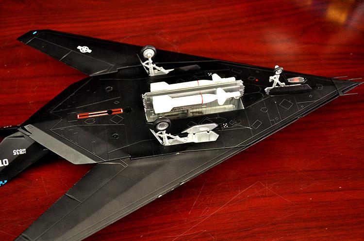 1:48f117夜鹰隐形战斗轰炸机飞机模型合金军事模型
