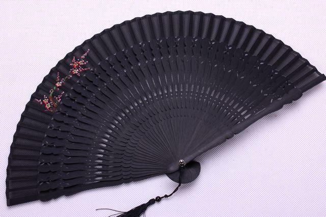 腾彩真丝手绘古风折扇镂空女士日式工艺礼扇子式新娘大红色l2 白色