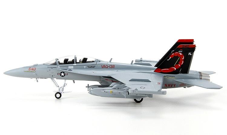 1:72美国f18e大黄蜂舰载战斗机模型合金拼装军事飞机模型军迷收藏 f/a