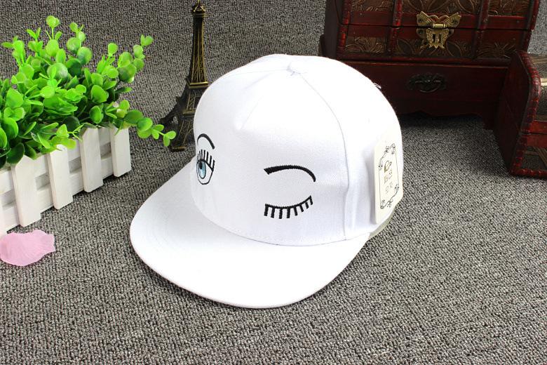 韩版可爱刺绣睫毛眨眼睛鸭舌帽白色嘻哈帽街拍棒球帽潮女生夏天潮 纯
