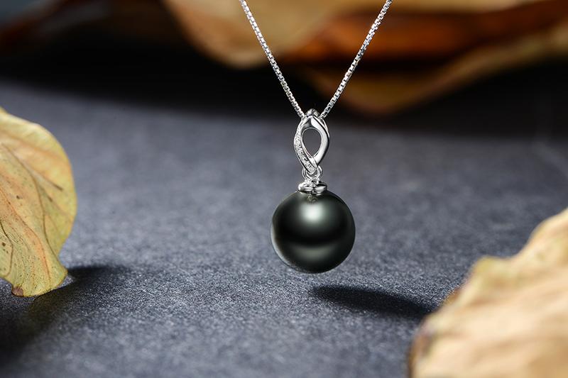 黑珍珠吊坠项链18k金