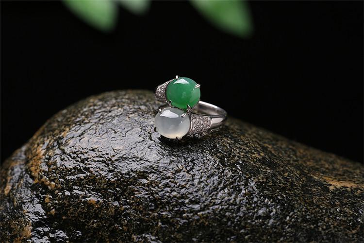宝罗蒂亚 天然a货缅甸翡翠戒指 双色圆形翡翠戒指 18k金镶钻石 女戒指
