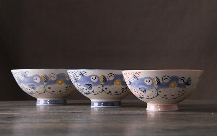 日本进口陶瓷浮雕手绘陶瓷米饭碗亲子碗情侣碗福寿碗卡通碗 中号af308
