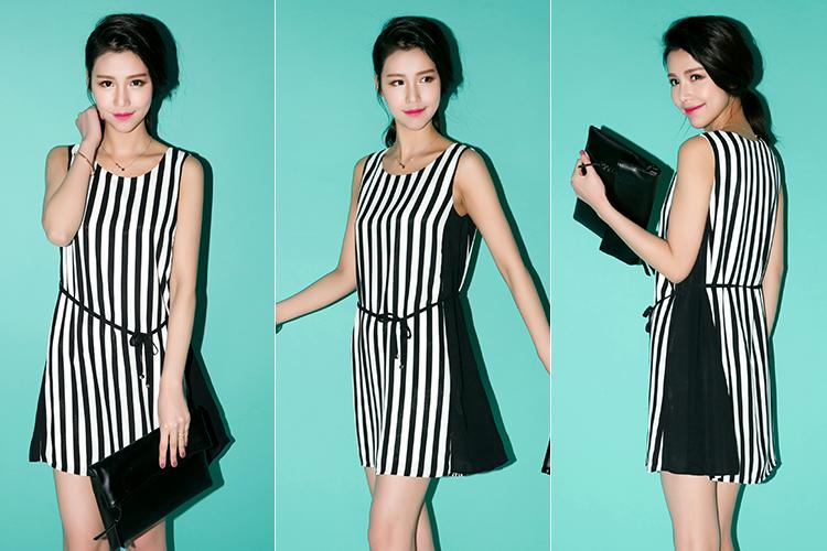 莫丽菲尔 黑白竖条纹印花背心裙 无袖连衣裙 条纹混色