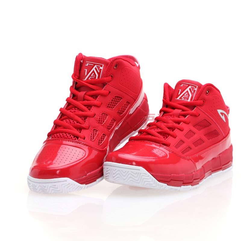 德尔惠篮球鞋