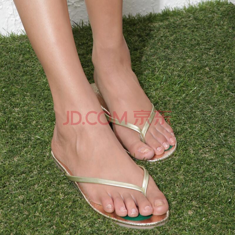 鞋漆皮防滑平跟夹脚趾凉拖