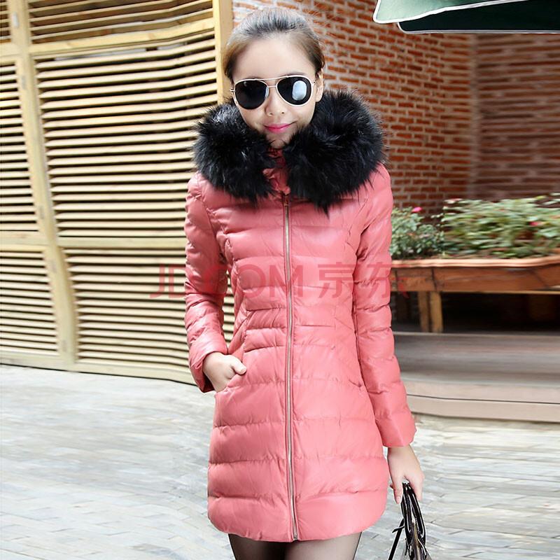 粉红色棉袄搭配