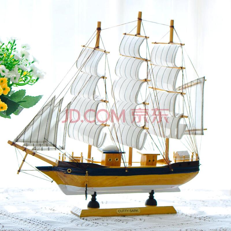 精致手工制作木质帆船工艺品