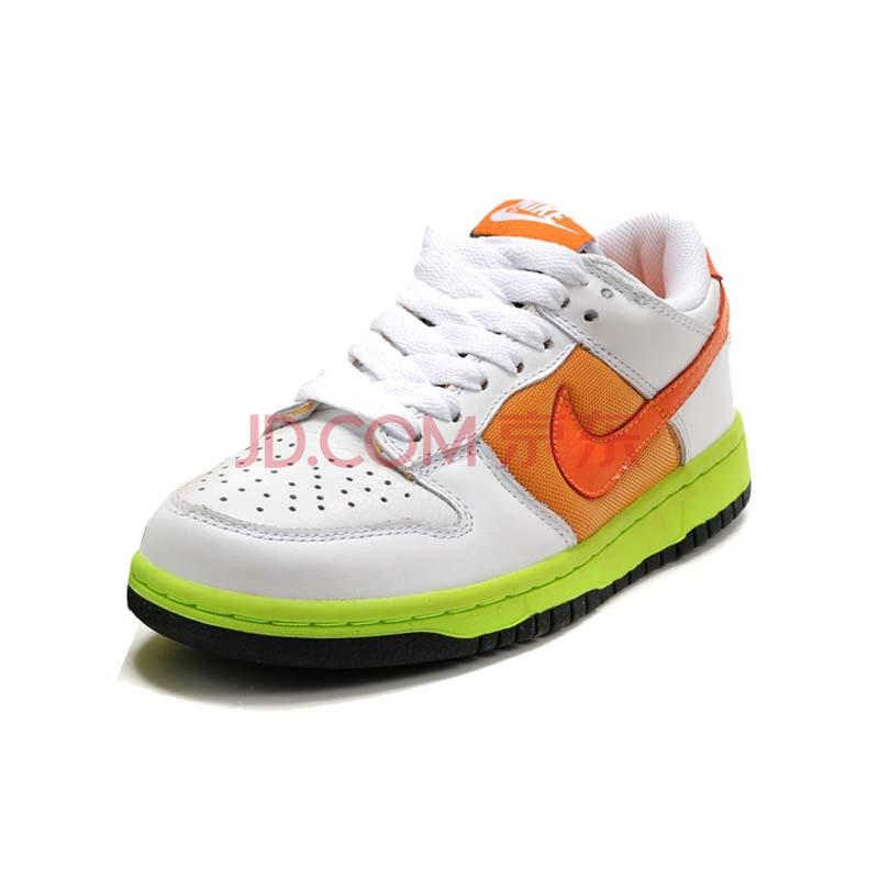 耐克新款板鞋图片
