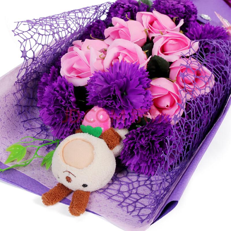 无私的爱爱心草莓兔永生玫瑰花康乃馨礼盒