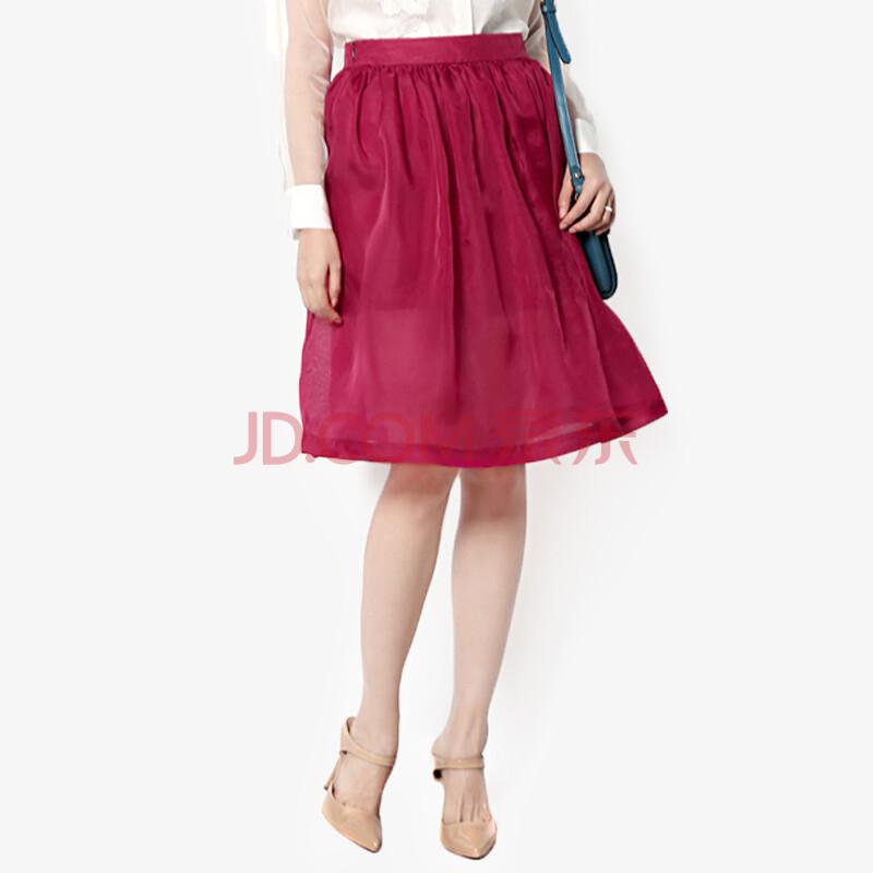 酒红色纱裙搭配夏