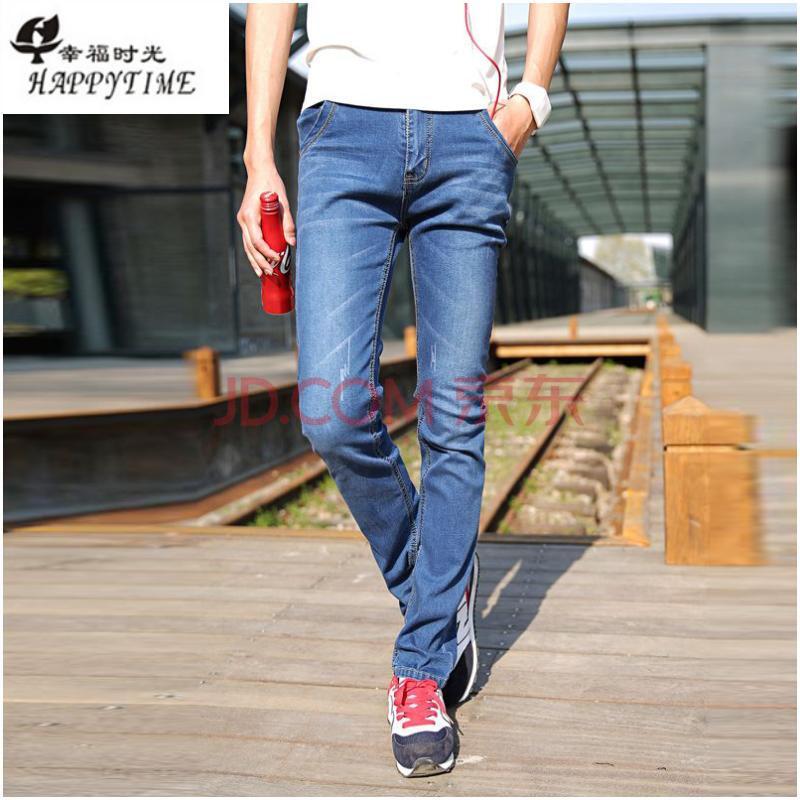 秋冬里的蓝色牛仔裤,你应该这样穿