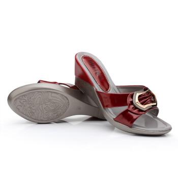 特价大东2013夏季新款女鞋 休闲漆皮坡跟凉拖鞋女鱼嘴高跟拖鞋 酒红