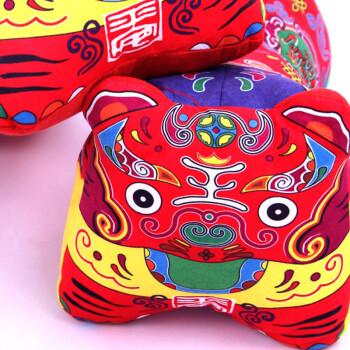 虎枕 民族传统布艺娃娃 虎头枕 靠垫 抱枕 生日百天礼物 毛绒玩具 汽车