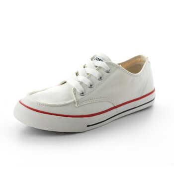 时尚休闲帆布鞋