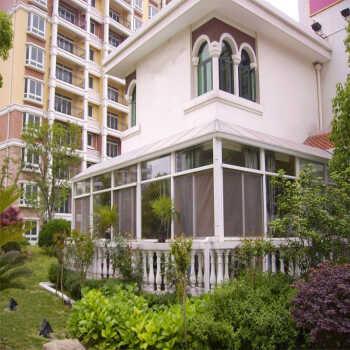 鸿森特门窗-北京钢结构钢化玻璃顶阳光房隔热材料 封阳台露台 遮阳